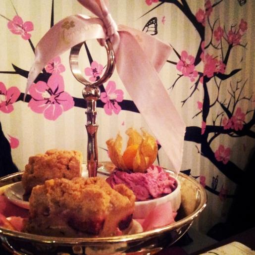 ...ein Afternoon Tea mit einer Freundin bei Miyuko.