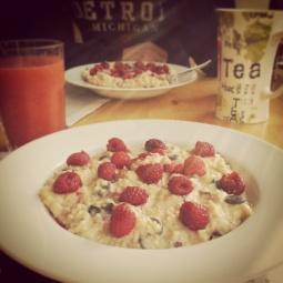 ...an einem sonnigen Sonntagmorgen mit so einem Frühstück überrascht zu werden.