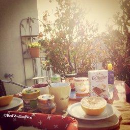 ...das erste Mal im Jahr wieder auf der Terrasse zu frühstücken.
